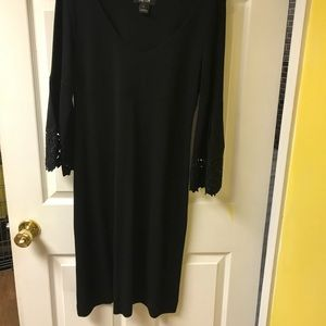 Scoop neck black dress